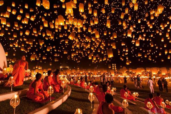 Lễ hội hoa đăng rực rỡ Thái Lan