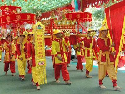 Phần hội lễ hội đền Hùng