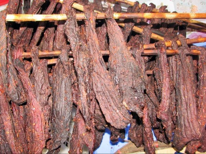 Thịt sấy khăng gai ở Sapa